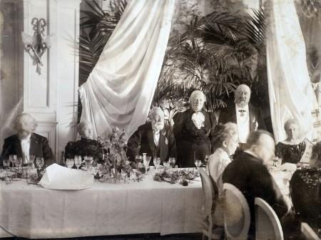 50-jarige huwelijksfeest van het echtpaar Mesdag-van Houten in Pulchri Studio
