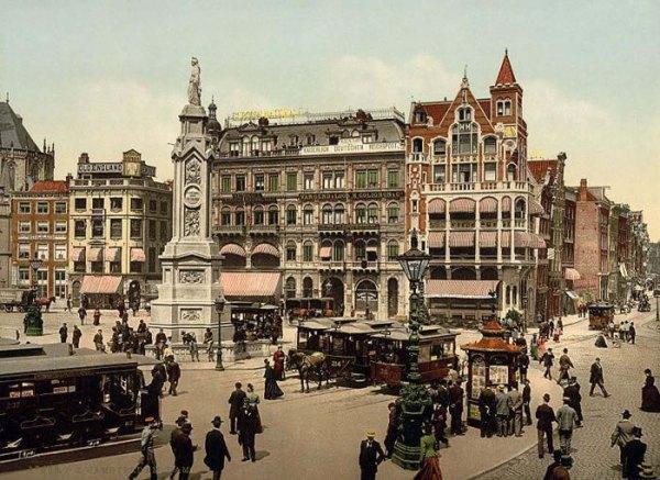 004 - Photochrom-van de Dam in Amsterdam ca. 1890-1900