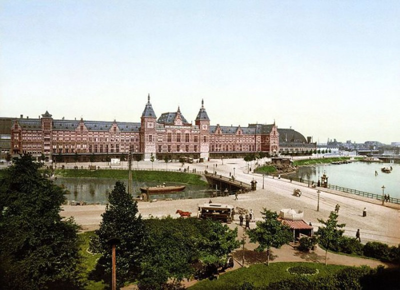 11 - Amsterdam Centraal Station 1890-1900