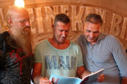 12-08-2015 presentatie Henk Vos - Enfant Terrible - uitgeverij Sylfaen1