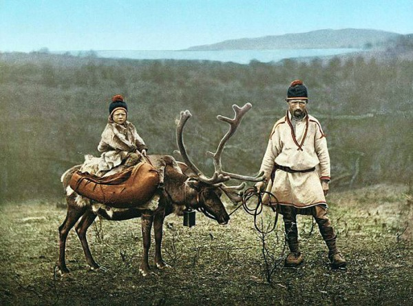 20 - sami-family-norway2 in Finnamark norway 1900