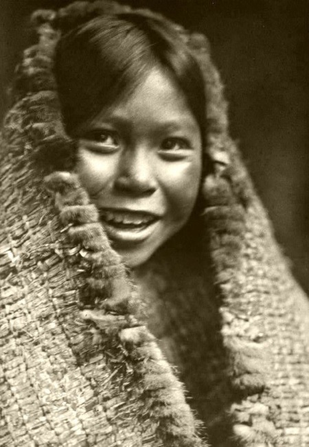 22 - tla-o-qui-aht girl in 1916 by edward curtis
