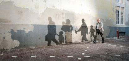 Stichting Vluchteling - Man en Water 562x270 jpeg
