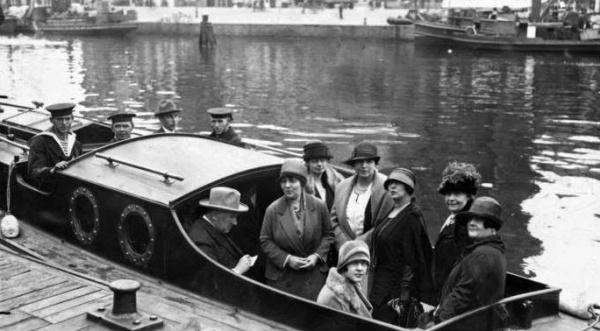 Berg van den Ans foto Joffers in de boot