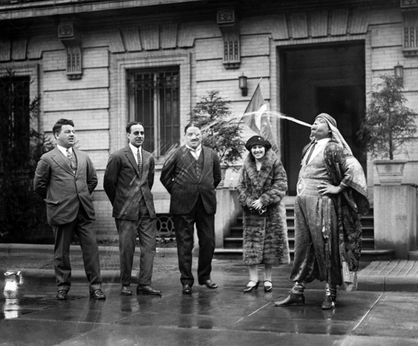 30 - Vaudeville-performer-1926