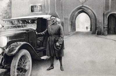 hitler-landsberg-1924