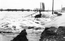 piershil-dijkdoorbraak-aanwas-1916-01